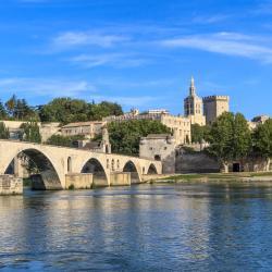 Avignone 587 hotel
