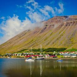 Ísafjörður 3 guest houses