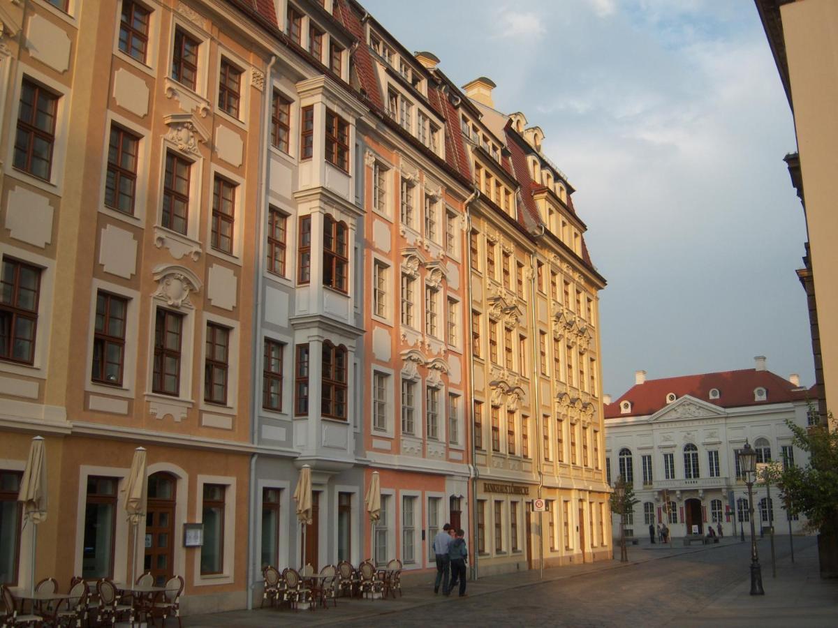 Apartment: 223 echte Bewertungen für Historisches Dresden | Booking.com