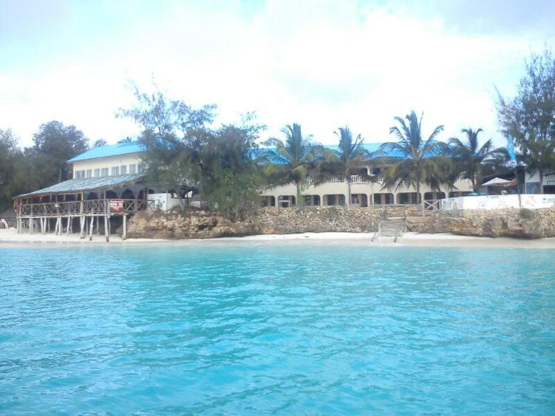 151 Gecontroleerde Hotelbeoordelingen over Paradise Beach Bungalows   Booking.com