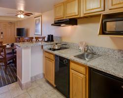 Quality Suites Orlando Kissimmee The Royale Parc Suites