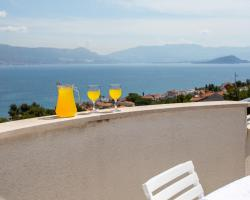 Apartments in Villa TOP TROGIR