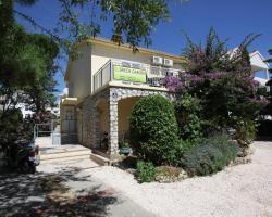 Green Garden Apartments Novalja