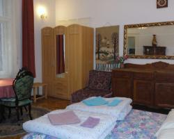 Garibaldi 5 Apartments & Rooms
