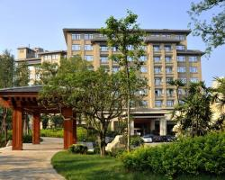 Tan Mu Lin Celebrity City Hotel