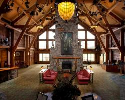 Hope Lake Lodge & Indoor Waterpark