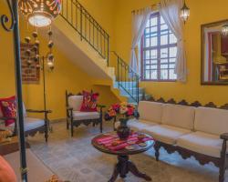 Casa Del Maya Bed & Breakfast