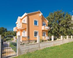 Apartments Mirjana III