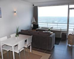 One-Bedroom Apartment Oostende with Sea View 04