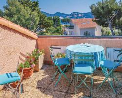 Apartment Saint Cyr sur Mer UV-1508