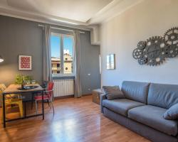 Urban Apartments - Rooms of art