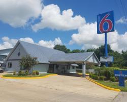 Motel 6 Alvin