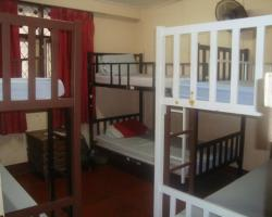 Khaosan Rainbow Hostel