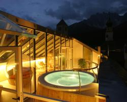 Hotel Cavallino Bianco - Weisses Roessl