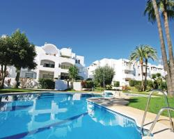 Two-Bedroom Apartment Estepona with an Outdoor Swimming Pool 09