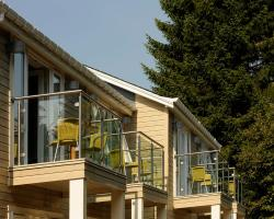 Craigmhor Lodge & Courtyard