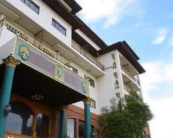 13 Coins Hotel Bang Yai