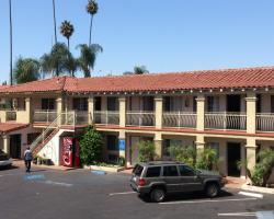Santa Ana Travel Inn