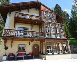 Apartments Villa Surlej