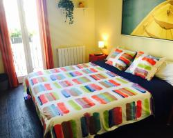 Guest House Urgell