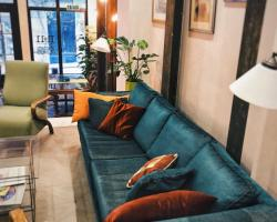 No11 Hotel & Apartments