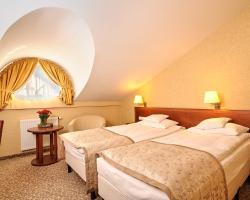 Hotel Centuria