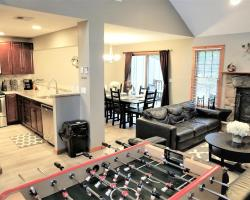 Poconos townhome Ideal for families and relaxation