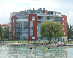 Luxury Golden Beach Apartments