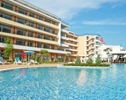 Aparthotel Grand Kamelia - Official Rental