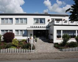 Hotel Herrenhof