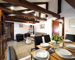 Faville - Rialto Apartments