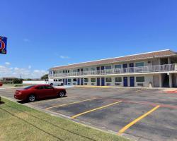 Motel 6 Corpus Christi East - N. Padre Island