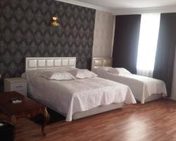 Xudaferin Hotel