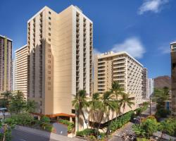 Hyatt Place Waikiki Beach - Free Breakfast