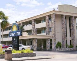 Days Inn by Wyndham Myrtle Beach-Beach Front