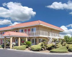 Days Inn by Wyndham Turlock