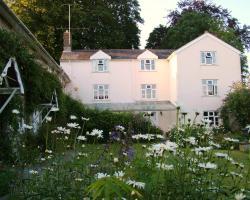 Field Farmhouse