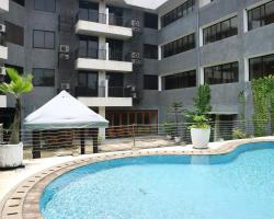 Shinju Apartments Cilandak