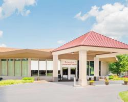 Ramada Hotel & Conference Center by Wyndham Lexington North