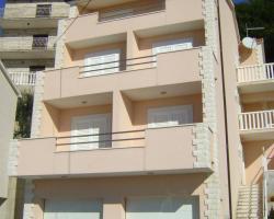 Apartments Maras