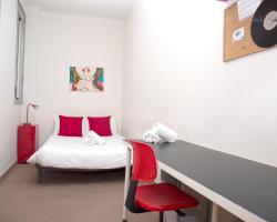 Mora Rooms