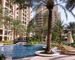 Luxury Holiday Apartments - Palm Jumeirah