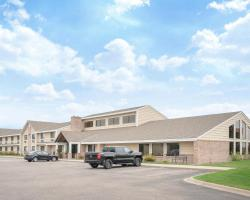 Baymont by Wyndham Lakeville