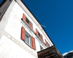 Hotel Alpina Zernez