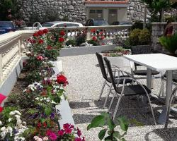 Guest House Villa Baska