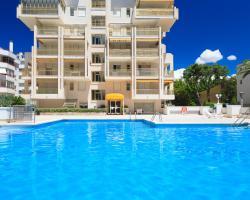 UHC Novelty Apartments