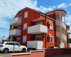 Apartments Aurora
