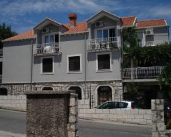 Apartments Junuzović
