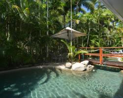 Seascape Holidays - Coral Apartments