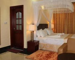 Lantana Hotel